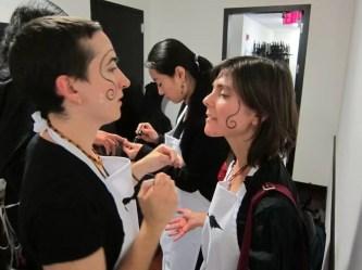 2012'IV'19. III MONO+GRAPHIC en el ICNY - en el camerino, con Clara y Julie