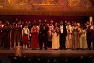 2007'XII. Almansa. Estreno de La mitad del camino en el Teatro Regio - saludos finales