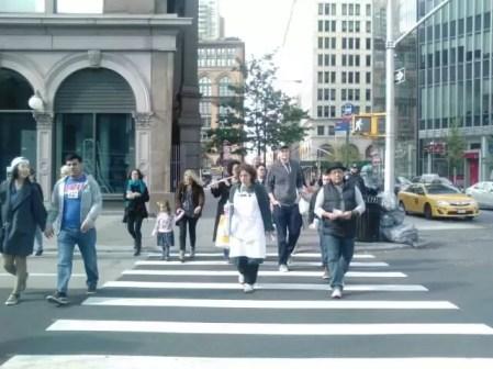 2016'X'16. Nueva York. XI Procesión armónica - paso de peatones 2