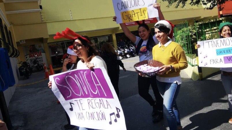 Radio Sónica regala letras de canciones para esta navidad