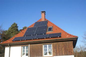 Photovoltaikanlage mit Sunpower Modulen in Jena