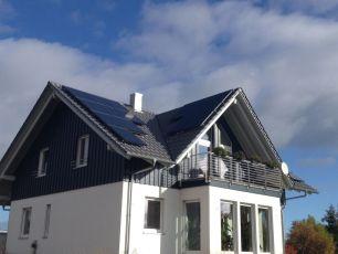 BenQ Sun Forte mit Solar Edge in Tabarz, Kreis Gotha Teilanlage West