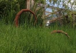 Beine im Gras Lost Gypsy Gallery