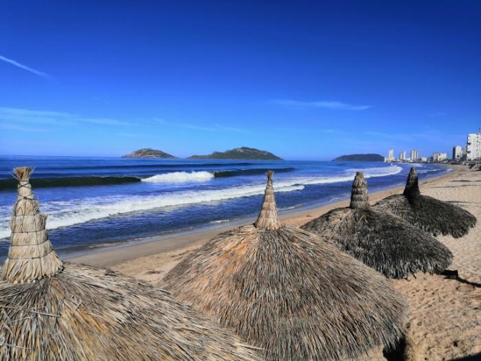 Limpieza de playas Mazatlán