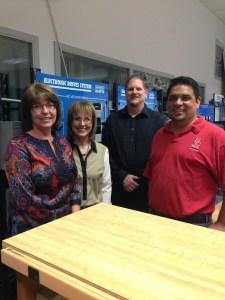 Electronics Lab. March 5 2013Cindy Collier, Liz Rozell, Sean Caras, Manny Fernandez
