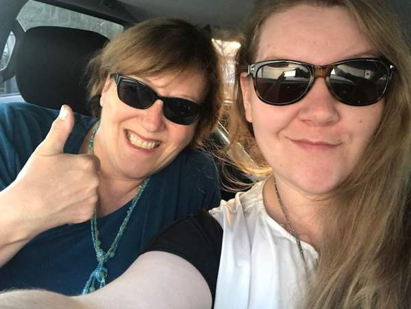 michelle bresso carpooling with daughter