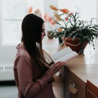 PEN TO PAPER: Reading Rituals
