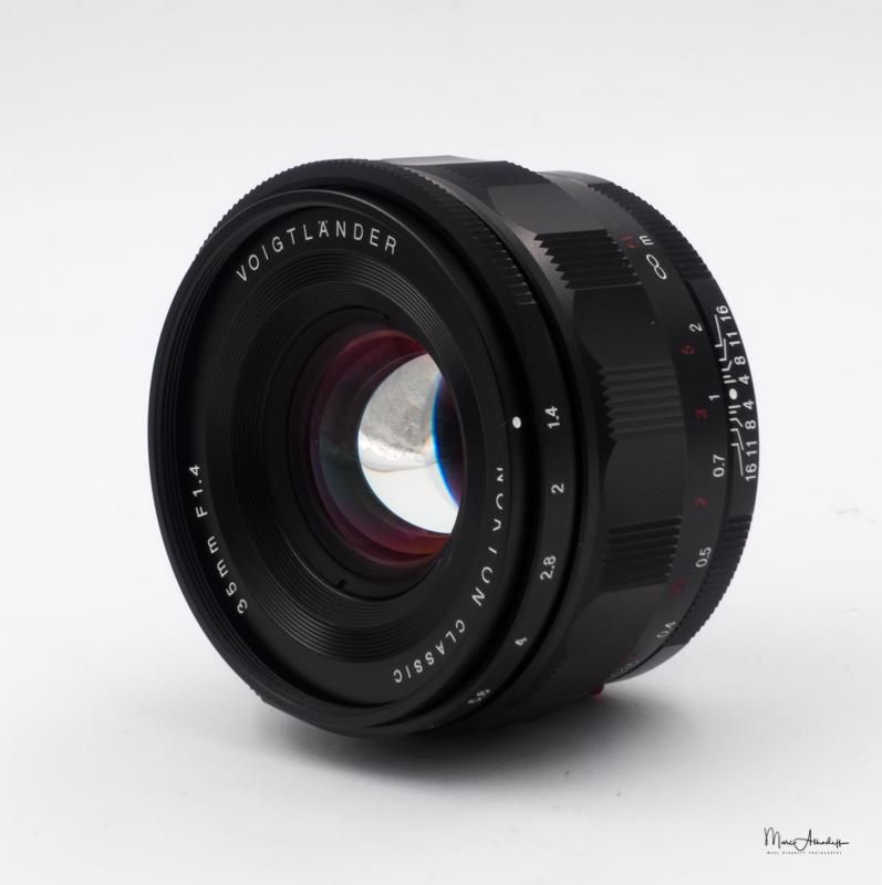 Voigltander 35mm f1.4 Nokton Classic- ISO 200 --005