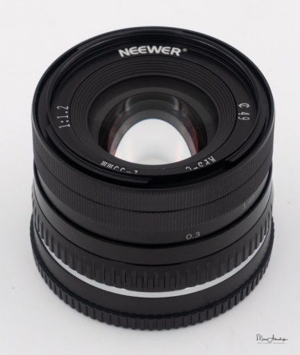 Neewer 35mm F1.2-2