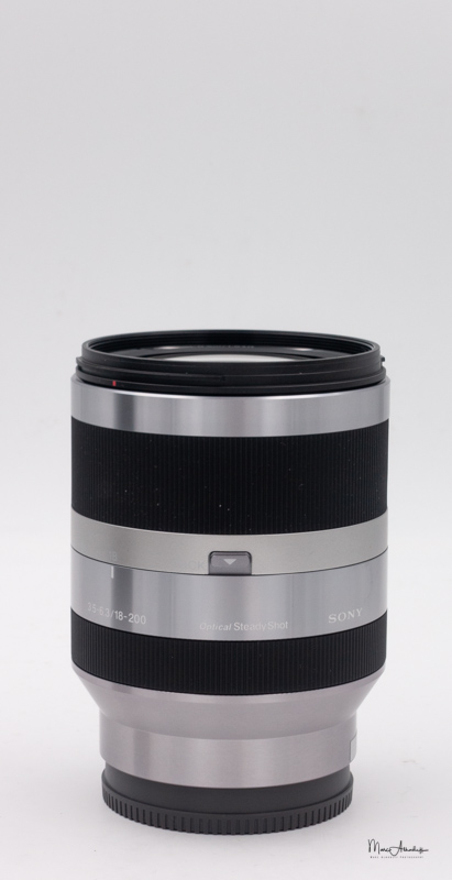 Sony E 18-200 F3.5-6.3 OSS-3