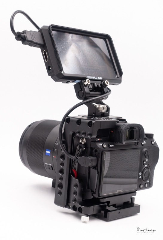 feelworld ma5, smallrig 2098 qr half cage for sony a7r iii-a7 iii-a7 ii-a7r ii-a7s ii`, smallrig 2174 monitor mount with arri locating pins- 090