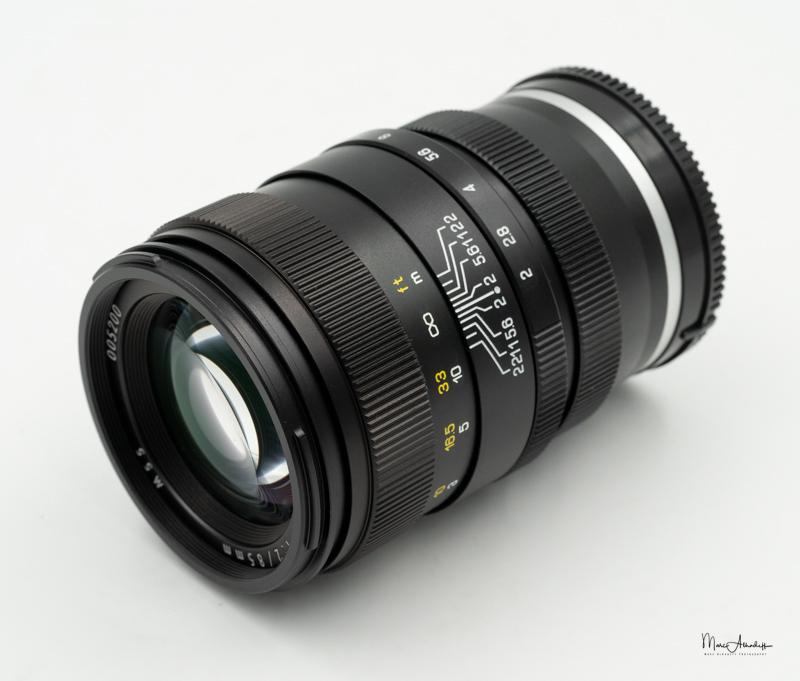 Mitakon 85mm F2 Creator-0003