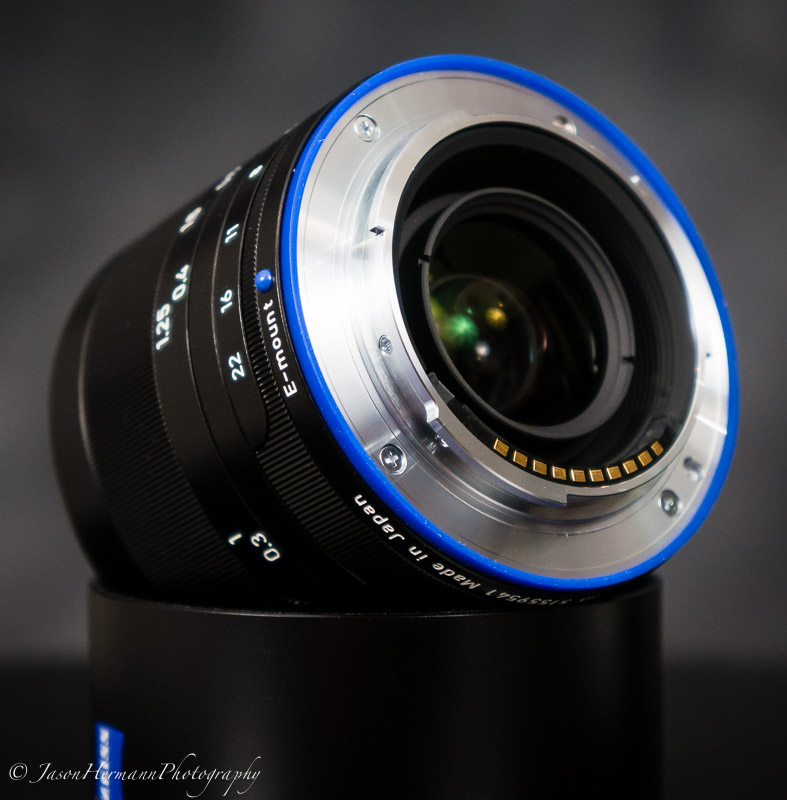Zeiss Loxia 35mm f/2 Biogon T* Lens review