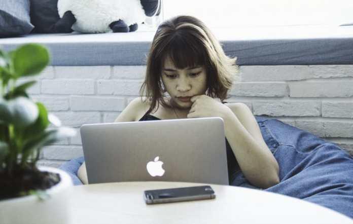 kiem tien tu blog website bang cach dat quang cao voi RevenueHits - Anh 1