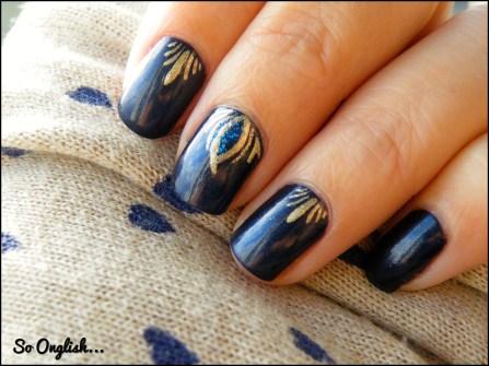 https://soonglishleblog.wordpress.com/2014/01/10/gold-on-blue-inspiration-liloo/