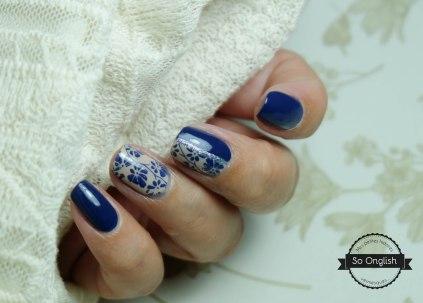 Thé bleu et service en porcelaine-4