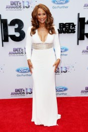 2013-BET-Awards-Beverly-Johnson