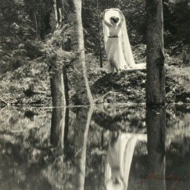 Ruth St. Denis shining her Aquarian Light, and evoking the Lady of the Lake?
