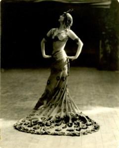 Ruth St. Denis, The Peacock Dance, c. 1914