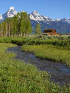 A barn in the Grand Tetons. Photo courtesy of PD Photo (pdphoto.org)