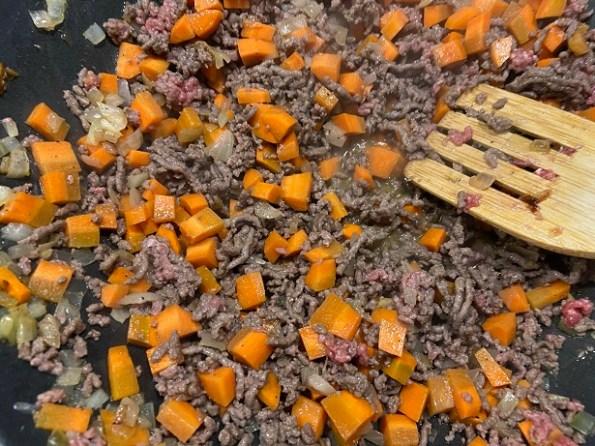 andijvie ovenschotel met winterpeen en gehakt