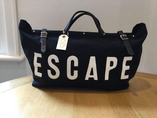 Escape Overnight Bag - Black