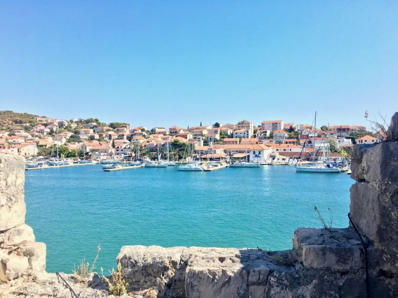 L'isola di Čiovo vista da Trogir