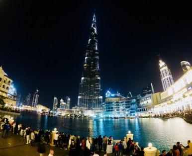 Dubai, l'infinito Burj Khalifa