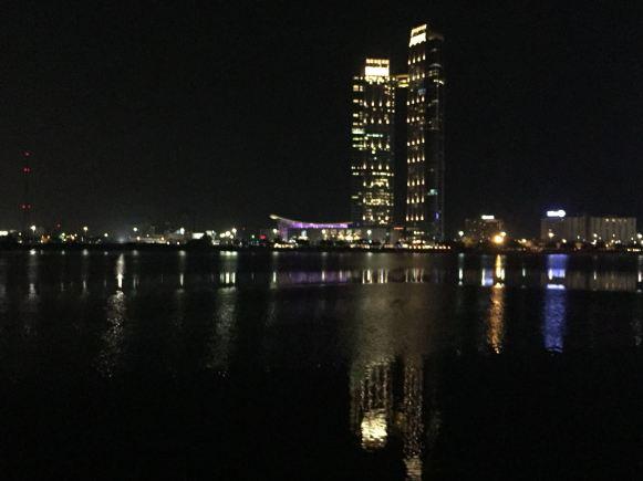 Abu Dhabi, la vista dalla Corniche