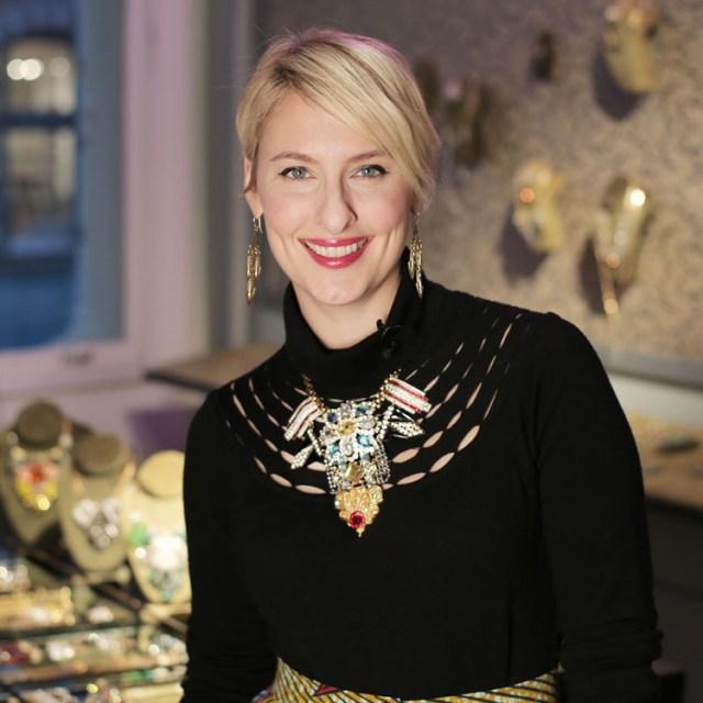 Lulu-Frost-Designer-Lisa-Salzer-Interview-Video
