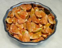 fresh cut up figs, quartered