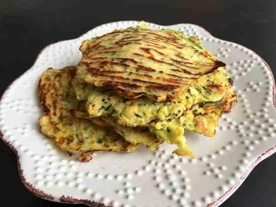 櫛瓜煎餅 low-carb-zucchini-pancake