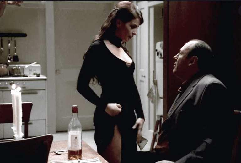 Gloria Trillo with Tony Soprano in a nightmare.