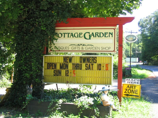 Cottage Garden Plants & Gifts - Eclectic Blend of Mountain Wares