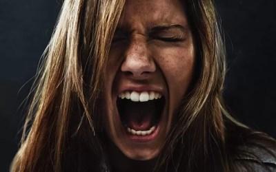 Ataque de nervos: reconheça os 26 sinais de alerta, saiba como tratar e prevenir