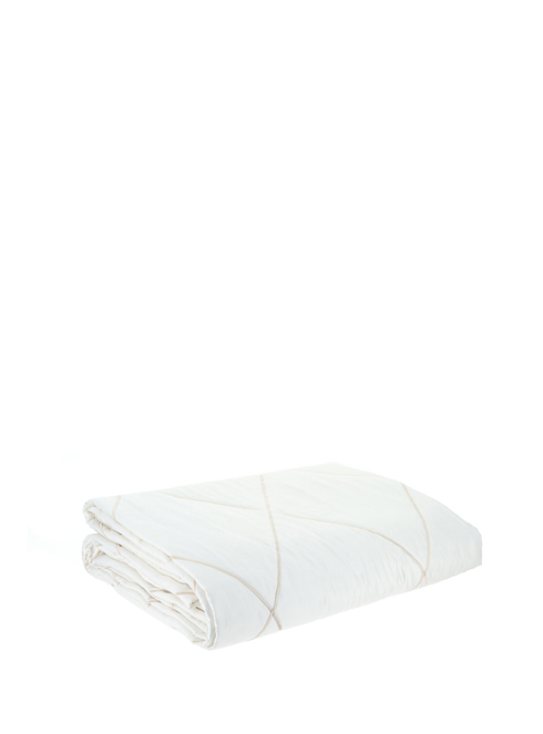 Disponibile in due colori, i più giusti per valorizzare questa serie : Mastro Raphael T41a0010 10 Copriletti Casa Beige Sorelle Ramonda