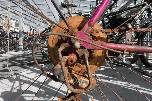 サビた自転車