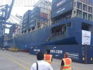 Kapal Peti Kemas Terbesar Pertama Di Indonesia. CMA CGM Ottello 8500 Teus, route Pelayaran Jakarta - Los Angeles ( USA)