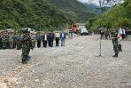 Panglima TNI Jend. TNI Gatot Nurmantyo pimpin langsung Upacara Kenaikan Pangkat Luar Biasa Operasi Militer Selain Perang di Mimika