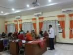 Bambang Kristiyono saat memberikan materi di acara Pelatihan Kesehatan Remaja, Tingkatkan Kewaspadaan Dini dan Cegah HIV-AIDS