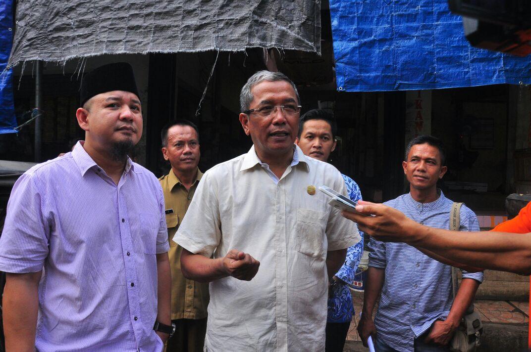 Anggota Komisi II DPRD Kota Banjar laksanakan pengecekan harga bahan pokok di pasar Banjar