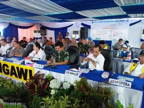 Panglima TNI dan Kapolri Tinjau Kesiapan Tol Ngawi