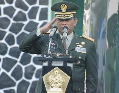 Wakil Komandan Kodiklatad Irup Upacara Hari Lahir Pancasila di Makodiklatad, Bandung.