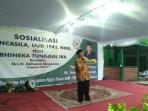 Anggota MPR RI Drs H Akhmad Muqowam di acara Sosialisasi tetang 4 konsensus dasar bangsa Indonesia atau 4 Pilar, yakni Pancasila, UUD 1945, Bhinneka Tunggal Ika, dan NKRI di sela-sela acara Pelantikan Pengurus Ranting NU Gogik