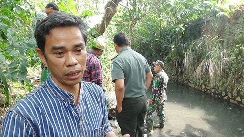Warga masyarakat Cibodas Kecamatan Cimahi Selatan, Yankeu Nugraha.