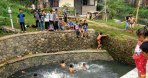 Sungai Sudah Mulai Bersih, Anak-anak Lagadar Berenang Riang