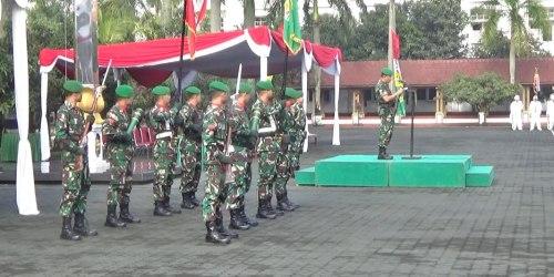 Pangdam Siliwangi Mayjen TNI Tri Soewandono pada penyampaian amanat di Upacara HUT Ke-70 Infanteri TNI AD