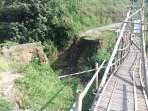 Jembatan Cibereum Tak Kunjung Diperbaiki