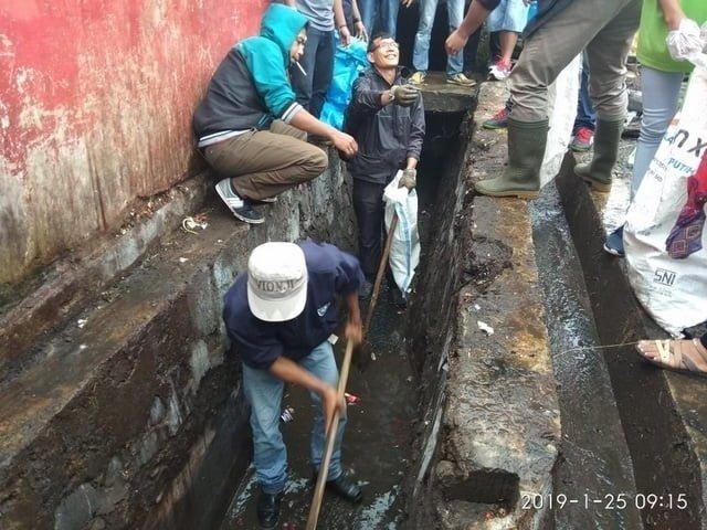 GMPS Ruteng ajak masyarakat kota Ruteng peduli sampah