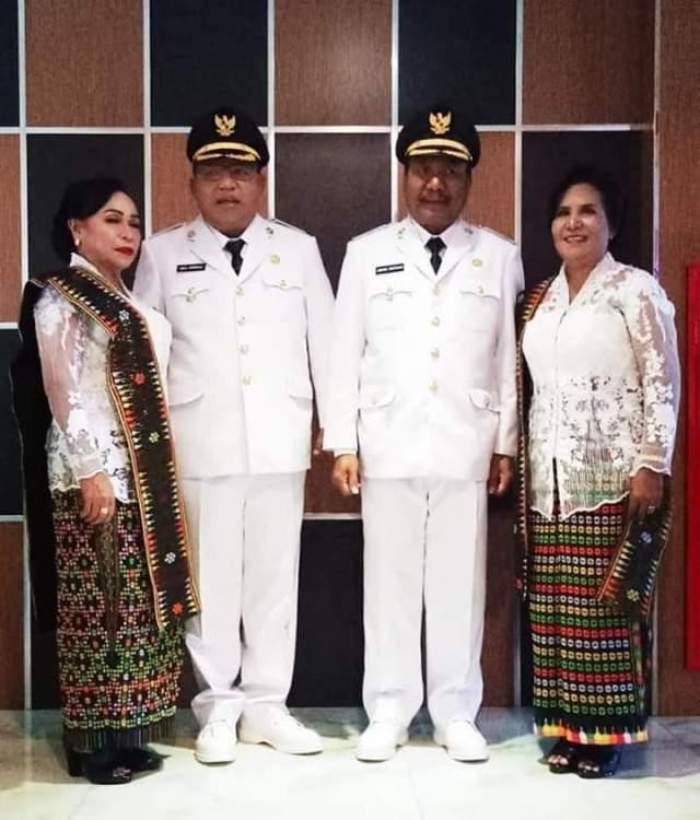 bupati dan wakil bupati manggarai timur bersama istri